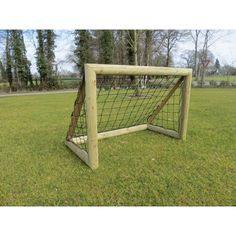 Afbeeldingsresultaat voor houten.voetbaldoel