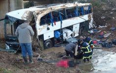 Otomobil İle Otobüsün Çarpışmasında Ölü Sayısı 6'ya Çıktı!