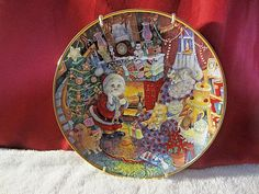 """Franklin Mint """"Not A Creature Was Purring"""" Bill Bell Collector Plate w/ Hanger Cat Collector, Wall Decor Pictures, Franklin Mint, Gold Walls, Wall Hanger, Vintage Items, Decorative Plates, Porcelain, Creatures"""
