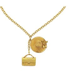 Pre-owned Chanel Vintage Gold Hat Classic 2.55 Flap Necklace (3,445 ILS) ❤ liked on Polyvore featuring jewelry, necklaces, vintage gold necklace, vintage pendant necklace, vintage jewelry, gold jewelry and chanel jewelry