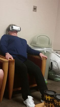 MRW i tried virtual reality for the first time