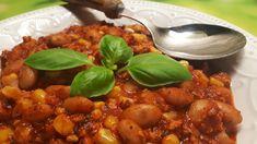 Diétás chilis bab csirkemellből - ehhez nem kell kenyeret enned! - Salátagyár Chana Masala, Bab, Chili, Ethnic Recipes, Kitchen, Food, Cooking, Chile, Kitchens