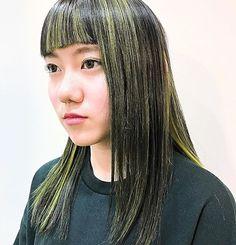 WEBSTA @ ennna20 - .dark gray ✖️ yellow.このデザインカラー、個人的にすごく好き⚡️...月曜日もSUPRAM は営業しております...#SUPRAM #スープラム #名古屋 #栄 #矢場町 #美容室 #美容師 #髪型 #髪色 #ヘアスタイル #ヘアカラー #hair #hairstyle #haircolor #カラーリスト #あおしまるからー #デザインカラー #派手髪 #ダークグレー #キイロ #yellow #前髪 #マニパニ # #撮影 #撮影モデル #ポートレート
