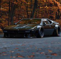 M1 mod #bmwclassiccars Pantera Car, Bmw M1, Bmw Classic Cars, Sportwagen, Slammed, Bmw Cars, Schools, Fast Cars, Amazing Cars
