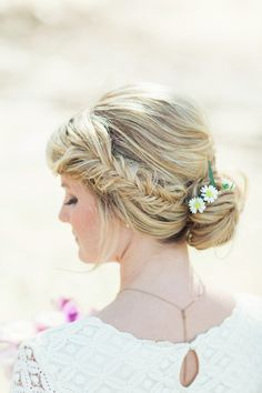 really good face framing for me--Flower Power: Classic Floral Wedding Hairstyles by Jackie Schneider - MODwedding