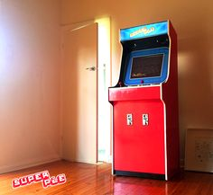 My custom built Raspberry Pi arcade machine (#QuickCrafter)