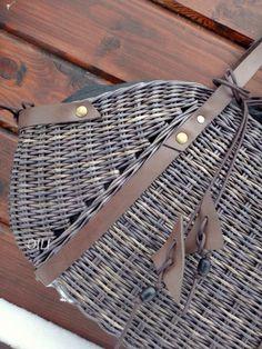Louis Vuitton Satchel, Louis Vuitton Neverfull Gm, Louis Vuitton Handbags, Fake Designer Bags, Dior Designer, Lv Tote, Louis Vuitton Tivoli, Paper Weaving, Basket Bag
