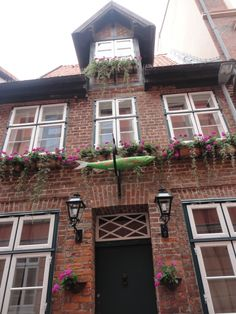 Classical architecture in Lüneburg One Day Trip, Classical Architecture, Middle Ages, Places To See, House Styles, Beauty, Home Decor, Classic Architecture, Decoration Home