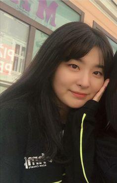 South Korean Girls, Korean Girl Groups, Irene, Kang Seulgi, Red Velvet Seulgi, Sooyoung, Peek A Boos, Kpop Girls, Ulzzang