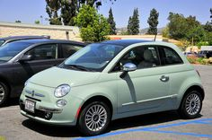 2012 Fiat 500 Lounge...I NEED IT