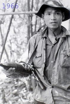 viet cong | Viet Cong fighter 1966 Vietnam Protests, Vietnam Veterans, Vietnam History, Vietnam War Photos, American War, American History, My War, North Vietnam, War Machine