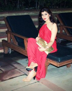 Red Glam : A visit to Amatrra for 10 on 10 fashion exhibition preview