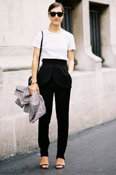White Tee + Slouchy Trousers + Strappy Sandals  EXPLORE: street style, casual, sandals, t-shirt PHOTO: Vanessa Jackman