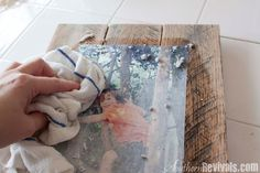 DIY Pallet Photo Frames with Mod Podge Photo Transfer - Southern Revivals