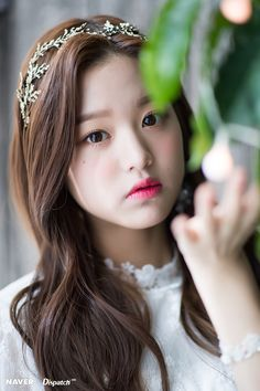 IZ*ONE Wonyoung 'Dispatch Maknae Christmas' photoshoot by Naver x Dispatch. Kpop Girl Groups, Kpop Girls, Jang Wooyoung, Trendy Girl, Cute Korean Girl, Japanese Girl Group, Woo Young, Beautiful Asian Girls, Pretty Girls