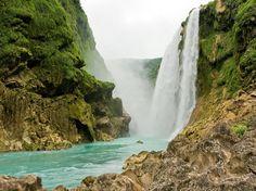 Cascada de Tanlu, San Luis Potosi, Mexico LOVE SLP
