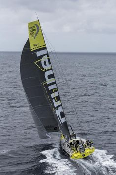 Volvo Ocean Race, Sailboat Racing, Sail Racing, Race Around The World, Around The Worlds, Yacht World, Beyond The Sea, Windsurfing, Wooden Boats