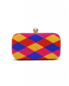 Plaid Box Clutch Our take on plaid! This Checked plaid box clutch has is finished with a metallic gold plate and inner removable sling chain inside. The multi-colored fabric is sure make any look bold & bright! #LoveForClutch #clutch #fashion #style #elegant #beautiful #colorful