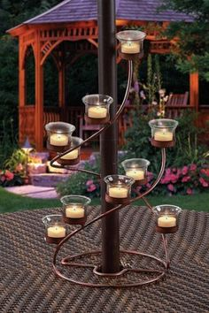 How neat is this? Goes around your outdoor patio umbrella