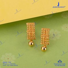 Best Earring Design to suit your look. Gold Jhumka Earrings, Indian Jewelry Earrings, Jewelry Design Earrings, Gold Earrings Designs, Gold Jewellery Design, Gold Mangalsutra Designs, Gold Jewelry Simple, Or, Suit