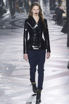 The 12 Runway Trends of Fall 2016: Into the Gloss - Louis Vuitton