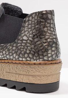 Chaussures Rieker Boots à talons - nero/altsilber noir: 59,95 € chez Zalando (au 14/10/17). Livraison et retours gratuits et service client gratuit au 0800 915 207.