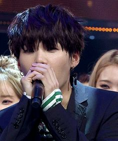 AWWWW SUGA IS THE CUTEST THING EVER I CANT OMGGGG
