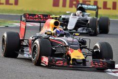 Verstappen, Red Bull & Hamilton, Mercedes, 2016