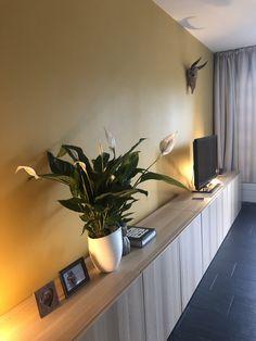 Corner Desk, Sweet Home, Furniture, Home Decor, Corner Table, Decoration Home, House Beautiful, Room Decor, Home Furnishings
