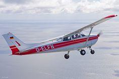 https://flic.kr/p/Guxxb8 | Flying over the waddensea | Cessna 172 D-ELFN