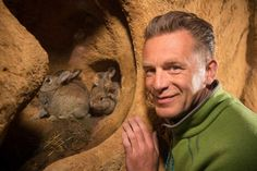chris packham - Naturist/wildlife/The borrowers study .one for you Kate Van Spall! Heart For Kids, Be Still, Are You The One, My Hero, Wildlife, Tv, Study, Watches, Dogs