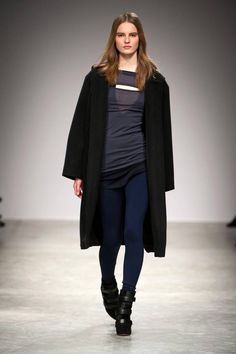 Isabel Marant Fall 2013 Ready-to-Wear Runway - Isabel Marant Ready-to-Wear Collection - ELLE