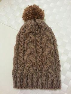 Palmikkopipo ihan vaan itselle! Crochet Accessories, Knitted Hats, Knit Crochet, Sewing Patterns, Winter Hats, Texture, Handmade, Inspiration, Knitting Ideas