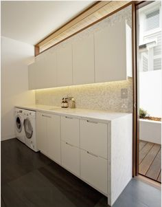 Ikea Laundry Room Home Design Ideas, Pictures, Remodel and Decor Ikea Laundry Room, Laundry Closet, Laundry Room Design, Laundry In Bathroom, Interior Design Living Room, Living Room Designs, Utility Room Designs, Laundry Room Lighting, Laundry Sorting