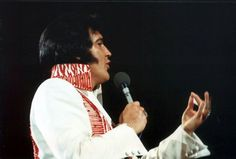 Huntsville, May 31,1975 - evening show when Elvis wore the red phoenix suit. Photo credit: Keith Alverson