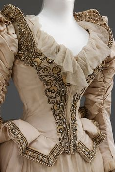 Wedding Dresses | Galería de fotos 2 de 18 | Vogue México
