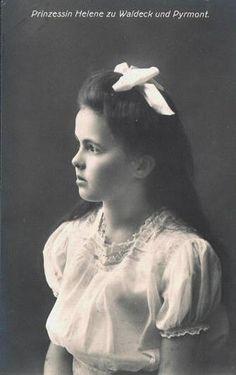 Princesse Helene de Waldeck-Pyrmont (1899-1948) fille de Friedrich, prince de Waldeck et Pyrmont (1865-1946) et de  la princesse Bathilde de Schaumburg-Lippe (1873-1962)