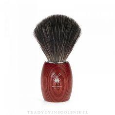 Nowoczesny pędzel do golenia Muhle z syntetycznego włosia Black Fibre. Rączka wykonana z drewna jesionu. Średnica knota przy podstawie: 21mm.