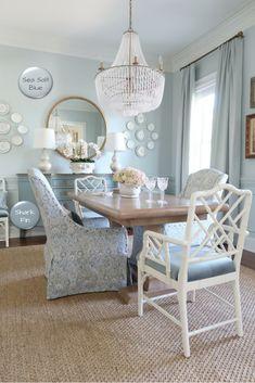 Country Paint Colors, Best Blue Paint Colors, Paint Colors For Home, Calming Paint Colors, Dining Room Paint Colors, Dining Room Blue, French Country Dining Room, French Country Decorating, Coastal Powder Room