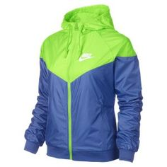 Nike Windrunner Jacket is better than before Cute Athletic Outfits, Cute Gym Outfits, Nike Outfits, Sport Outfits, Hoodie Jacket, Nike Jacket, Nike Windrunner Jacket, Affordable Workout Clothes, Workout Clothes Cheap