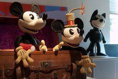 Disney Princess Facts, Disney Fun Facts, Mickey Mouse Doll, Vintage Mickey Mouse, Mickey Shorts, Punk Disney Princesses, Disney Movies, Disney Characters, Walt Disney Animation Studios