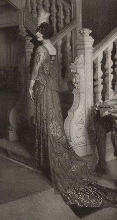 Court dress early 20s