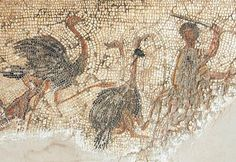 Villa of Dar Buc Ammera, gladiator mosaic, Fight against ostriches - Livius Ancient Rome, Ancient Art, Ancient History, Roman Gladiators, Rome Antique, All About Africa, Minoan, National Museum, Roman Empire