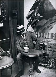 André Kertész, At a Café, Paris, 1928