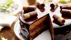 Czekoladowy sen - poznaj najlepszy przepis. ⭐ Sprawdź składniki i instrukcje na KuchniaLidla.pl! Polish Desserts, Polish Recipes, Polish Food, Torte Cake, Food Cakes, No Bake Cake, Cake Cookies, Cake Recipes, Cake Decorating