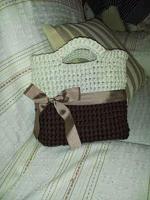 Patrones Trapillo: BOLSOS Cute Crochet, Knit Crochet, Diy Handbag, Crochet Purses, T Shirt Yarn, Knitted Bags, Loom Knitting, Dress Patterns, Models