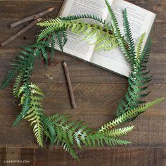 Make a Paper Fern Wreath