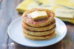 Tasty and fluffy keto ricotta pancakes are made with coconut flour and pleasantly flavored with vanilla and lemon zest. Tasty and fluffy keto ricotta pancakes are made with coconut flour and pleasantly flavored with vanilla and lemon zest. Lemon Ricotta Pancakes, Coconut Flour Pancakes, Keto Pancakes, Waffles, Stevia, Ricotta Cheese Recipes, Healthy Food Blogs, Healthy Recipes, Healthy Foods