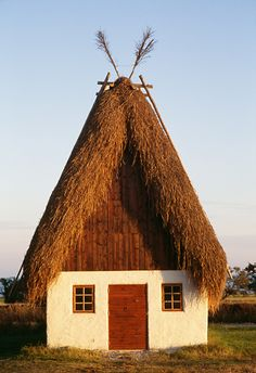 Lamb house, farm in Fårö, Gotland, Sweden | Bengt Hedberg via Johnér