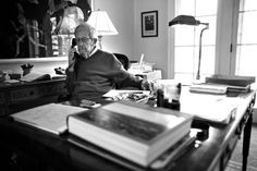 Elmore Leonard in his home office, with no computer